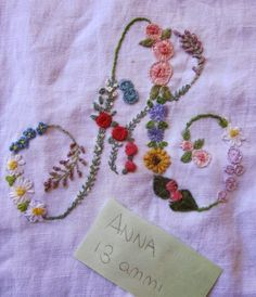 Elizabeth hand embroidery: Flowers also the summer center
