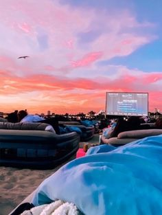 Drive in movie spots for summer adventures. Summer Dream, Summer Fun, Summer Nights, Summer Things, Free Summer, Summer Winter, Summer 2014, Summer Feeling, Summer Vibes