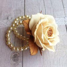 Check out this item in my Etsy shop https://www.etsy.com/ru/listing/501651361/buy-a-bracelet-bracelet-foamiran