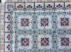 Partij 3 antieke keramiek tegels vloertegels patroontegels