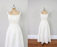 Vintage Wedding Dress // Vintage Wedding Gown // by adVintagous, $140.00