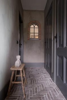 Hallway Paint, Interior Styling, Interior Design, Floor Patterns, Home And Living, Interior Inspiration, Interior And Exterior, Man Cave, Sweet Home