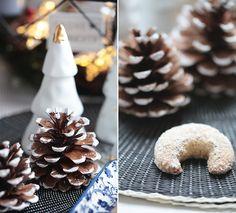 ( Puppenzimmer ): Weihnachtsbäckerei: Vanillekipferl mit Mandeln und Zimt