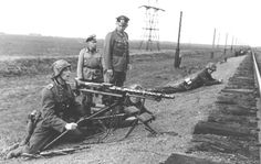 23. Panzerdivision Mg 34, German Army, Ww2, Guns, World War Two, Soldiers, Weapons Guns, Revolvers, Weapons