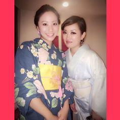 """Summer #Kimono & #Yukata  先週の #ANAInterContinental #MixxBar でのイベント #Skyroom はテーマが"""" #浴衣 """"だったのでの先生である幸先生にお見立てして頂いた #夏着物 を着ました 男性も女性もほぼ皆さん浴衣を着ていてやっぱりみんな似合うなぁと思いました  私は普段カッコイイ #着物 ばかり目がいくので今回は柔らかい涼しげなブルーの着物  夏着物は着られるシーズンが短いだけにもっと沢山着る機会があればなぁと思いますが今年の夏は転機でもありまたプライベートより仕事を優先してしまっているのでまた難しいかなぁ 毎日は無理でも毎週着物を着る生活にしたいです  今回は知的美人な @tammy_eye ちゃんとお話出来て嬉しいひとときもありました  I had a chance to wore my newest summer kimono for our party at ANA InterContinental Tokyo Mixx Bar last weekend I wish Ill be able to wear…"""
