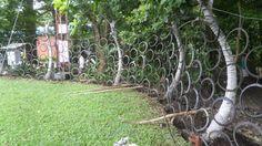 Cerca con llantas usadas / Fence with used tires - INBioparque, Costa Rica