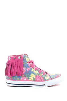 Sneaker in tela con motivo floreale, alta alla caviglia, con chiusura a lampo e fondo gomma; come accessorio è dotata di una frangetta rimovibile in camoscio fucsia! In regalo il gadget di Lulù!  Buy them on: http://www.langolo-calzature.it/it/bambina/sneaker-alta-frangetta-con-motivo-floreale-e-frange