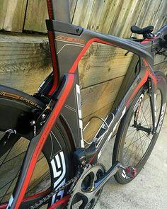 Bike Canyon Bike, Bicycle Garage, Triathlon Gear, Trial Bike, Push Bikes, Hot Bikes, Bike Run, Bike Frame, Bicycle Design