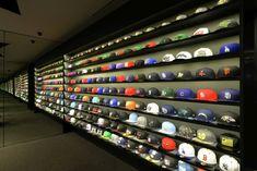 Image 6 of 19 from gallery of LACES / CoA Arquitectura. Photograph by Francisco Gutiérrez Peregrina Boutique Interior, Shop Interior Design, Retail Design, Design Shop, Closet Shoe Storage, Hat Storage, Storage Ideas, Visual Merchandising, Sneaker Storage