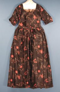 A Fashionable Frolick: 18th century fashion Brown chintz round gown, 1775-1785 (CHS acc. no. 1959.54.4) . Photo linked from the CT Historical Society eMuseum.