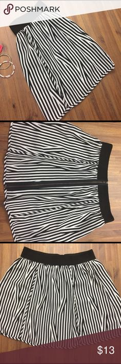 U r b a n   O u t f i t t e r s   S k i r t Urban outfitters silence + noice front zip front skirt. Does not wrinkle and supper soft and fresh material. Perfect condition ready to wear! Urban Outfitters Skirts Mini