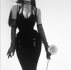21 year old freelance model and goth enthusiast. Grunge Outfits, Edgy Outfits, Cute Outfits, Fashion Outfits, Womens Fashion, Dark Fashion, Gothic Fashion, Mode Latex, Dark Beauty