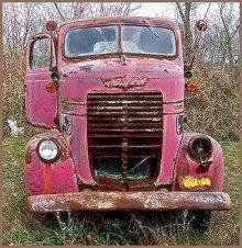 This would be my truck!!! ha! love the pink