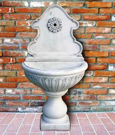 outdoor wall fountainsthis cellar simpley out side home wall and home garden seting,this cellar mast be use our gerden.http://www.fountaincellar.com/