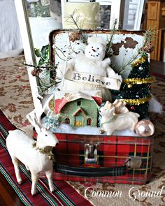 common ground : Tartan Plaid Lunchbox with a Little Christmas Kitch...