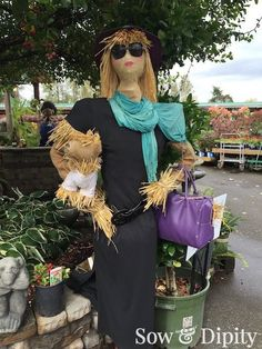 33 Cool Scarecrow Ideas -