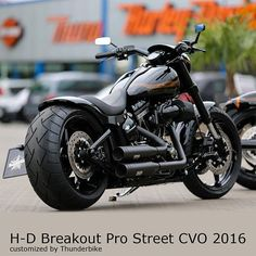 #thunderbike #customized #harleydavidson #softail #breakout cvo 2016 with our fender kit, 260mm ...