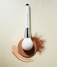 いいね!603件、コメント11件 ― Marc Jacobs Beautyさん(@marcbeauty)のInstagramアカウント: 「Introducing Coconut Perfection, Glowing Complexion.⠀⠀⠀ ⠀⠀⠀⠀ Inspired by Marc's love of coconut…」