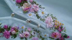 Вышивка лентами блузки