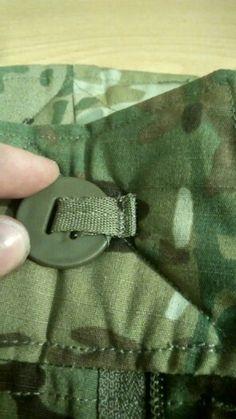 Pants (button)