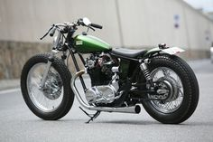 Hell yeah Heiwa    Heiwa is one of our favourite custom shops not just in Japan but in the world. This is one of the best XS650's I have seen. Right down to that little brake light. It makes me green with envy.
