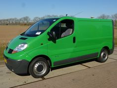 For sale: Used and second hand - Van RENAULT Closed Van TRAFIC DCI 115 L1H1