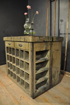 1900 wooden painted cabinet Espace Nord Ouest