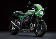 Kawasaki Cafe appears to be technically sound and a promising bike. According to the manufacturers the bike will be produced in small quantities. Kawasaki is being particularly popular due to its good looks and exclusivity. Kawasaki Ninja, Motos Kawasaki, Kawasaki Motorcycles, Green Motorcycle, Japanese Motorcycle, Classic Motorcycle, Retro Bikes, Bike India, Modern Cafe Racer