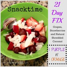 Looking for a snack but don't know what to have... here is a great 21 Day Fix approved snack!