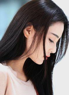 Best 11 Vian zhang – Page 417216352978470289 Korean Beauty, Indian Beauty, Geisha, Prity Girl, China Girl, Beautiful Asian Women, Poses, Girl Photography, Dark Hair