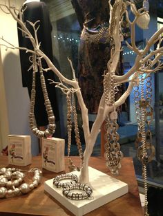 It's Christmas ! Boutique at Number One jewellery display