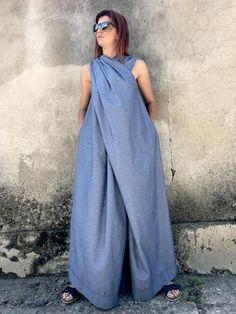 Best Fashion Tips For Women Over 60 - Fashion Trends Plus Size Jumpsuit, Cotton Jumpsuit, Denim Jumpsuit, Denim Maxi Dress, Black Jumpsuit, Tienda Fashion, Japanese Outfits, Japanese Clothing, Salopette Jeans