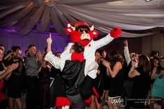 TWA Weddings at Marriott Burr Ridge | Click the picture to enter our Wedding Giveaway!
