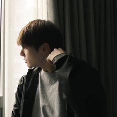 Foto Jungkook, Jungkook Cute, Bts Jimin, Photoshoot Bts, Jeon Jungkook Photoshoot, Bts Polaroid, Jeongguk Jeon, Jungkook Aesthetic, Googie