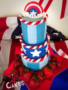 Tortas para Geeks, cumpleaños y bodas...  Revisa el link y déjate encantar por estas fantásticas ideas...  Cakes and Cupcakes - 3/10 - When Geeks Wed | When Geeks Wed | Page 3