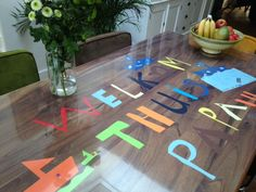 """""""Welkom thuis papa"""". Wat een verrassing op tafel. Gezield door Laura uit Hilversum. www.tafelziel.nl"""