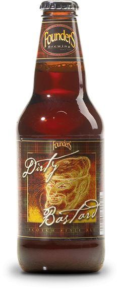 Cerveja Founders Dirty Bastard, estilo Strong Scotch Ale, produzida por Founders Brewing, Estados Unidos. 8.5% ABV de álcool.