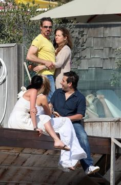 On Wednesday, radio host Jamie East tweeted out this paparazzi photo of Robert Downey Jr. and friends. Seems innocuous enough, right? | People Are Screaming Over This Seriously WTF Photo Of A Dog With Robert Downey Jr.