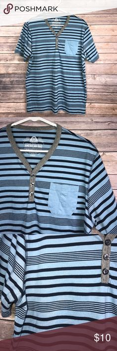 🚹Men's size Large American Rag t shirt Soft with a v-neck.  Gently pre owned. American Rag Shirts Tees - Short Sleeve