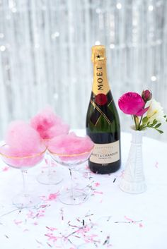 PetitePuf offers a unique cotton candy cart service that serves up organic cotton candy. Take some away in our cotton candy keepsake jars! Cotton Candy Champagne, Champagne Cocktail, Candy Cart, Candy S, Veuve Clicquot, Moet Chandon, Sweets Recipes, Desserts, Served Up