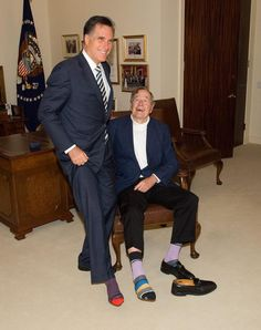Is Posting Pictures Of Their Socks For George H. Bush's Birthday Mitt Romney George H. Bush on his birthday, I love everything about this!Mitt Romney George H. Bush on his birthday, I love everything about this! Presidents Wives, American Presidents, American History, George Bush Family, Hw Bush, Barbara Bush, Laura Bush, Former President, Role Models