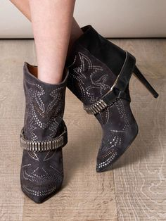 The 27 best Isabel Marant Milwaukee Boots Outfits images ...
