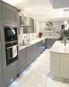 Familienzimmer Design Elegant Kitchen Design Ideas For A Family Home Design To Try - House-Paint Kitchen Room Design, Modern Kitchen Design, Home Decor Kitchen, Interior Design Kitchen, Kitchen Ideas, Kitchen Designs, Interior Decorating, Decorating Ideas, Decor Ideas