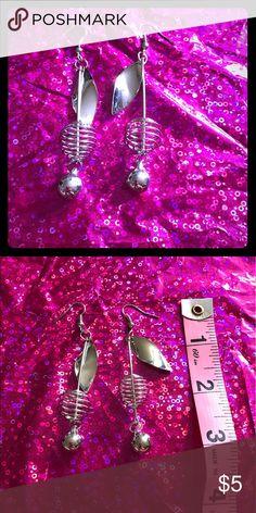 HP 6/15 🎀 Silver wire earrings handmade steampunk Beautiful silver wire dangle earrings. Handmade. Jewelry Earrings