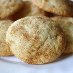 Da laut Facebook am 25. März 2011 der internationale Kekstag ist, habe ich heute schon mal meine Lieblings-Kekse gebacken. Es handelt sich u...