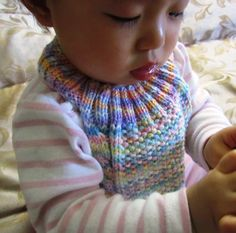 Cable Stay-on Baby Bib - Free Knitting Pattern