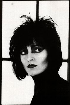 Siouxsie Sioux, 1986 by Anton Corbijn  She ALWAYS reminds me of my friend, Connie.