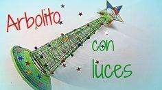 Manualidades de Navidad: Arbol con luces. Tree with lights.