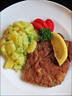 Wildes Poulet: Wie bei Oma - Schnitzel mit Kartoffelsalat