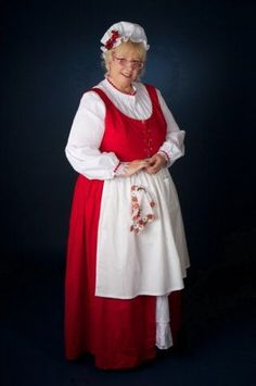 Buy or make a simple red jumper and add flounced white apron Mrs Claus Outfit, Mrs Santa Claus Costume, Mrs Claus Dress, Santa Clause, Festival Shirts, Christmas Costumes, Halloween Costumes, Santa Costumes, Christmas Outfits